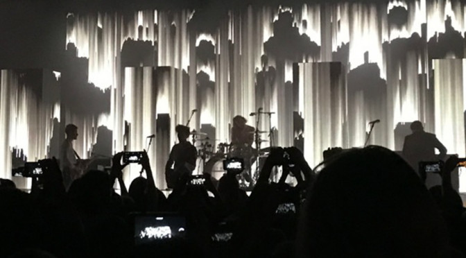 The 1975 phone pic by Mckayla Hull